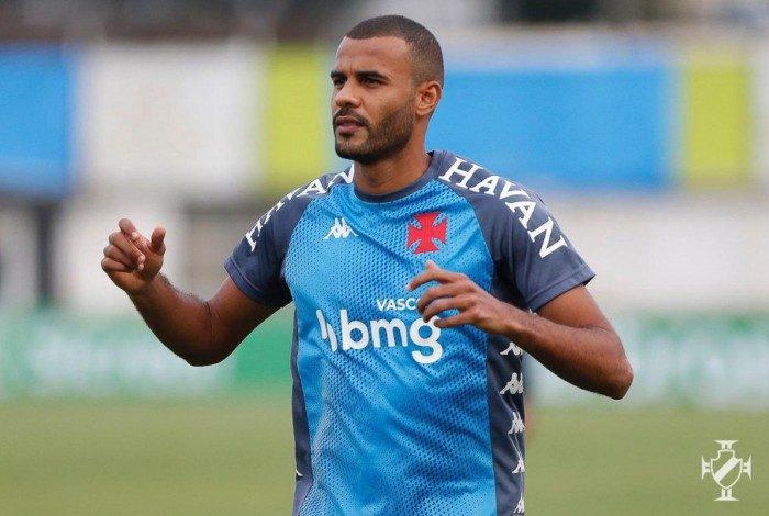Ernando prevê um equilibrado duelo contra o mortal ataque do Flamengo na quinta-feira