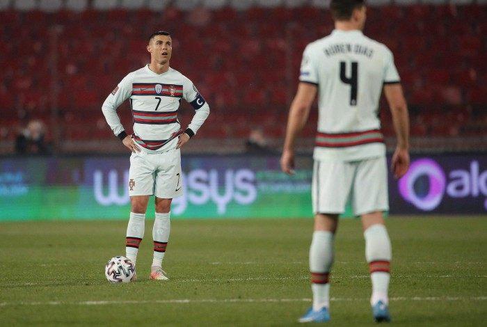 Portugal empatou com a Sérvia
