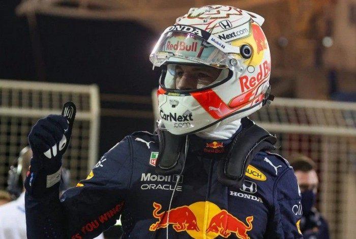 Verstappen comemora 1ª pole da temporada 2021 da Fórmula 1