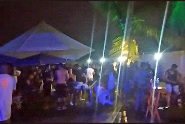 Evento com mais de duas mil pessoas é fechado pela fiscalização da Prefeitura do Rio e pela PM