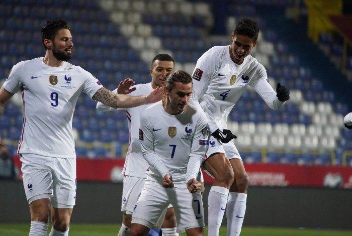 Griezmann garantiu o gol da vitória sobre a Bósnia, que manteve a França invicta e na liderança do Grupo D das Eliminatórias