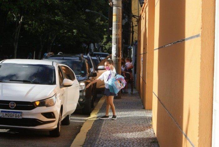 Nova decisão da Justiça do Rio libera aulas presenciais na capital