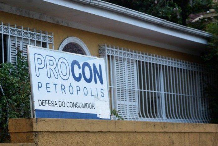 Procon Petrópolis deu prazo de 10 dias para que Correios resolvam problema de atraso em entregas de cartas e correspondências