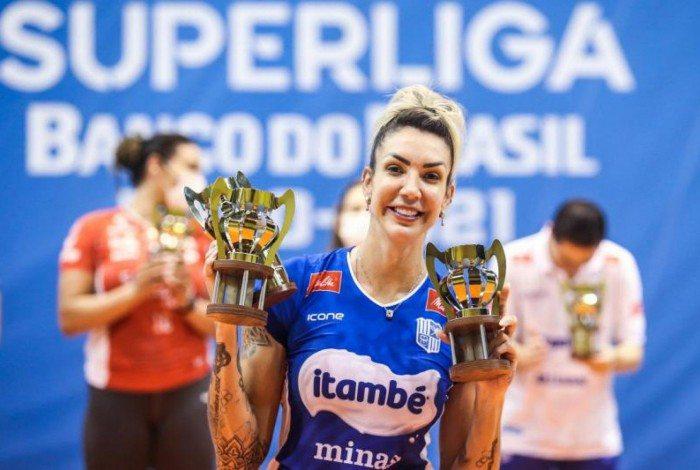 Thaisa foi eleita a MVP da Superliga de Vôlei Feminino