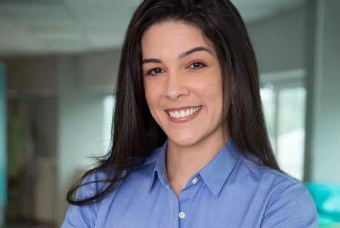 Renata Silveira foi contratada pela Globo; narradora já passou pela ESPN e Fox Sports
