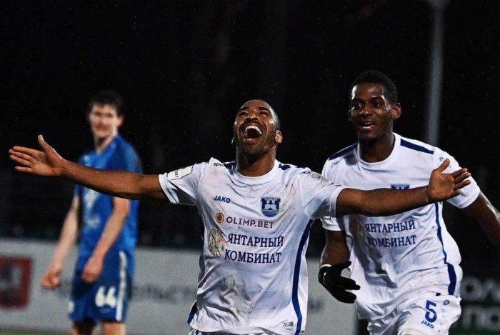 Brasileiro marcou gol da vitória do Baltika Kaliningrado