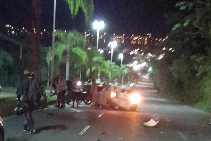 Acidente deixou três pessoas mortas e duas feridas em Niterói