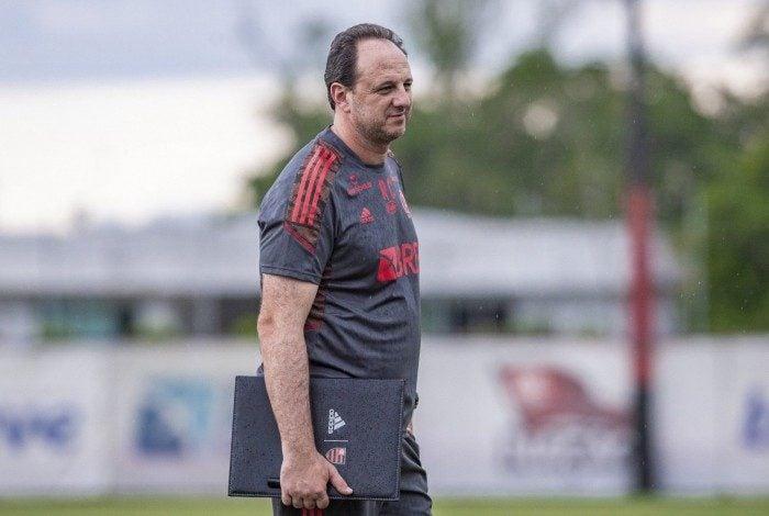 Rogério Ceni minimizou as oscilações do time