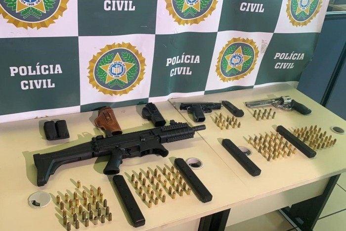 Material apreendido pela Delegacia de Homicídios da Baixada Fluminense (DHBF)