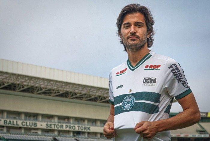 Revelado pelo Flamengo, Mattheus Oliveira está emprestado ao Coxa até junho
