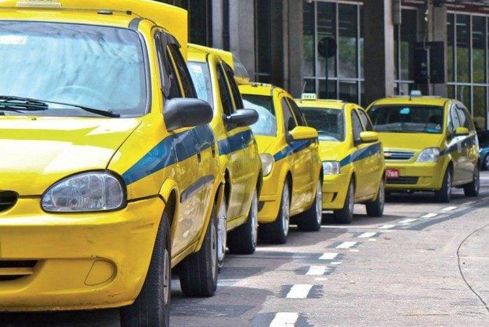 Sindicato dos taxistas solicita suspensão da taxa obrigatória anual de vistoria