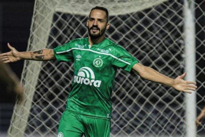 Anselmo Ramon deve fechar com o Botafogo