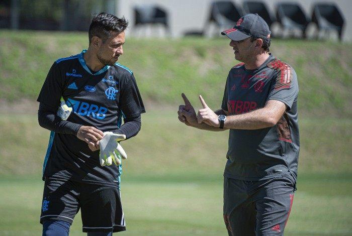 Rogério Ceni ao lado de Diego Alves