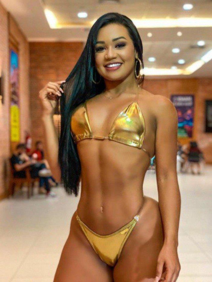 Nascida em Manaus, Janaina Canuto exibe sua beleza