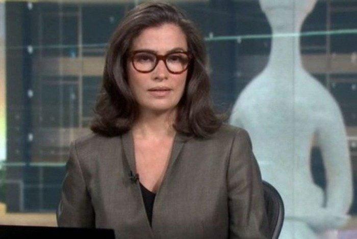 Renata Vasconcellos chama Bolsonaro de 'ex-presidente' no 'Jornal Nacional'