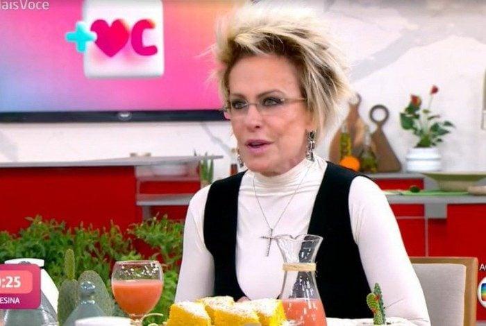 Ana Maria Braga se irrita com a produção ao vivo no 'Mais Você'