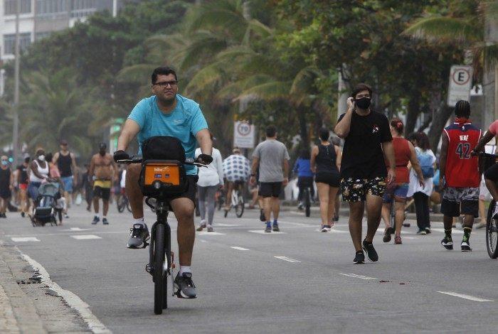 Rio de Janeiro 30/05/2021 - Movimentação na orla do Arpoador. Foto: Luciano Belford/Agencia O Dia