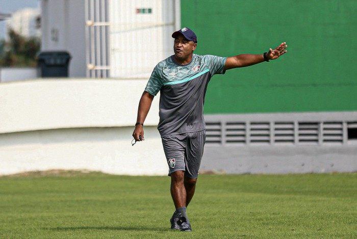 Técnico Roger Machado está satisfeito com o desempenho do Fluminense