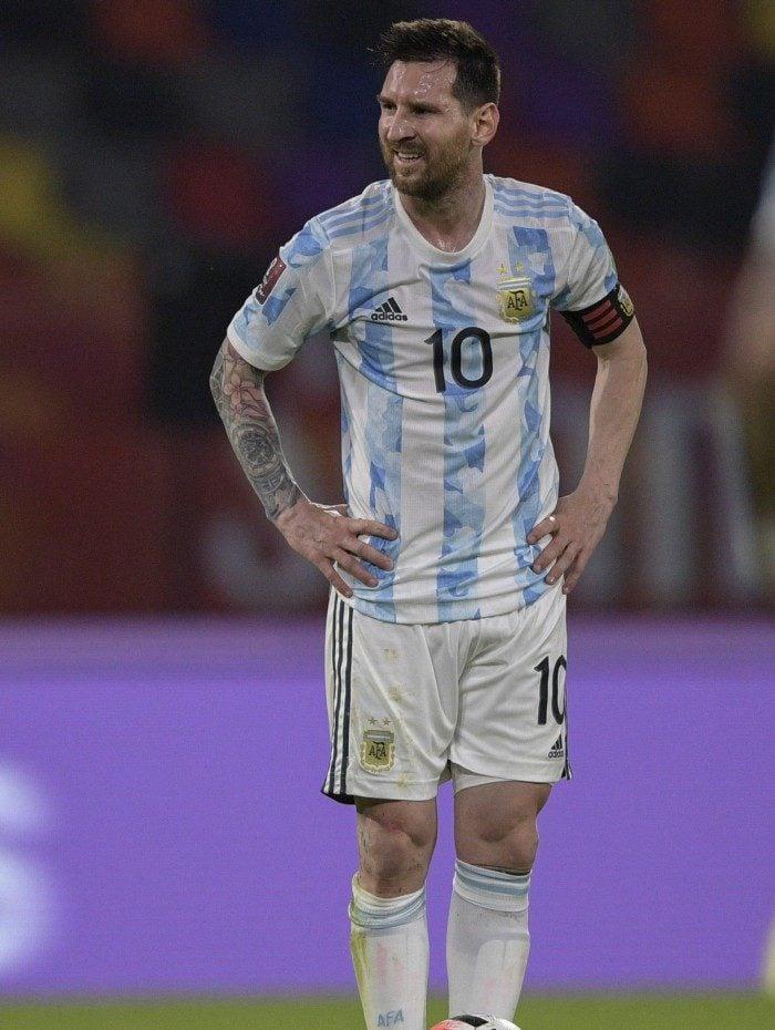 Messi voltou a jogar pela Argentina após mais de um ano sem partidas da seleção