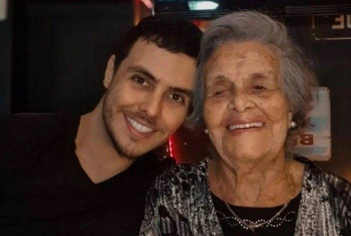 Paulo Guerra e a avó