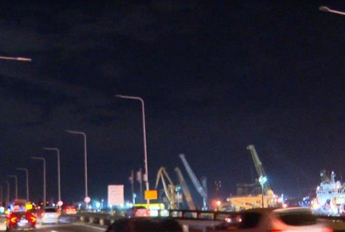 Furto de cabos da rede elétrica deixa Ponte Rio-Niterói às escuras
