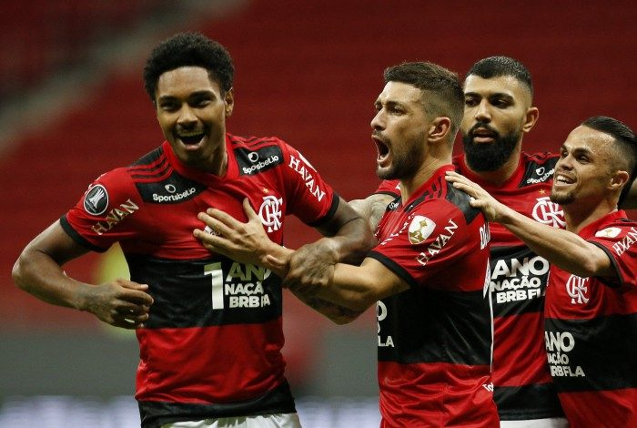 Vitinho foi decisivo na goleada do Flamengo