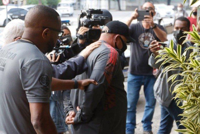 Valdir Marques Filho, tesoureiro da cooperativa Transformando, no Caju, foi preso em flagrante por porte ilegal de armas