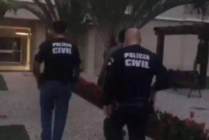 Idoso foi preso após tentar beijar criança de 7 anos
