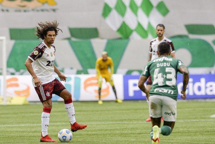 Willian Arão no confronto contra o Palmeiras