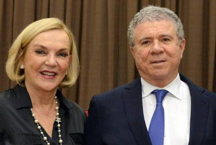 Celso Silveira Mello Filho e a mulher Maria Luiza Meneghel Silveira Mello