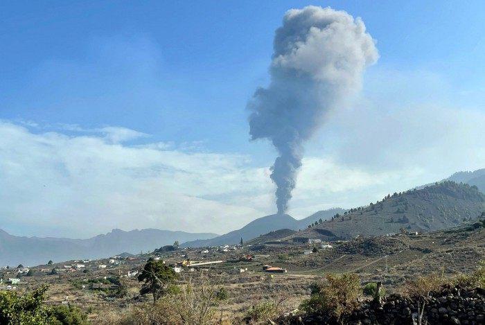Rugido do vulcão Cumbre Vieja diminuiu 'consideravelmente' nas últimas horas