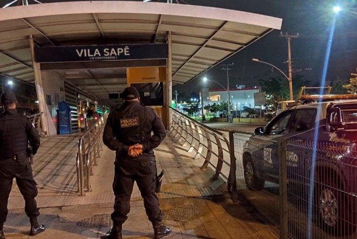 Agentes do programa BRT Seguro apreendem um adolescente de 17 anos que furtou cabos da estação Vila Sapê