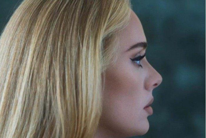 A cantora apresenta o novo álbum '30'