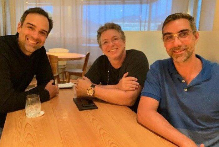 Diretor fez primeira reunião com Tadeu, novo apresentador do BBB