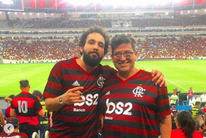Murilo Couto (esquerda) com o pai no Maracanã
