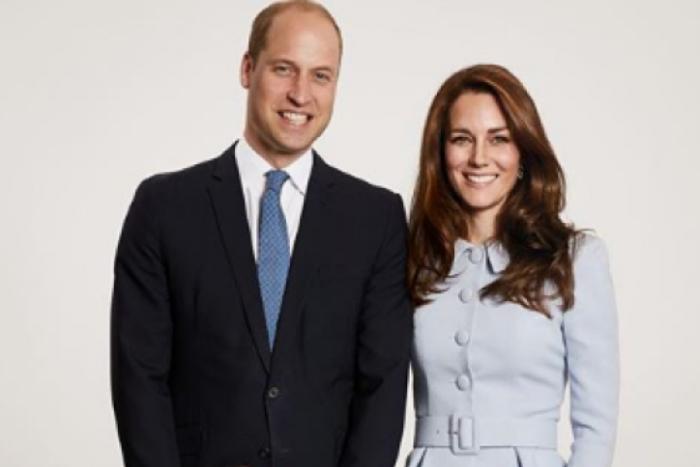 Os filhos do Príncipe William e da Duquesa de Cambridge Kate Middleton, Príncipe George e Princesa Charlotte
